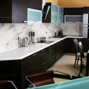 Printed marble kitchen backsplash