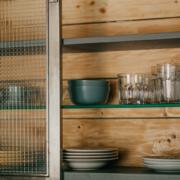 Cross reeded glass in cabinet